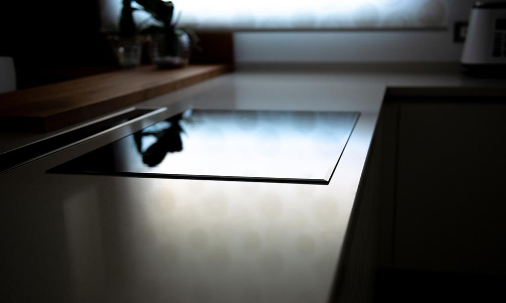 piano induzione cucina moderna verona