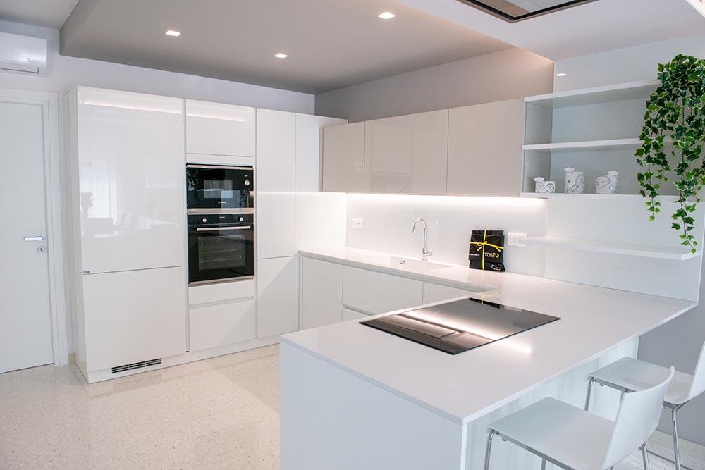 cucina total white padova