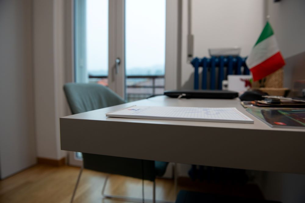 scrivania moderna verona
